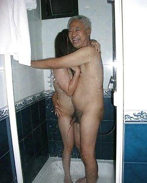 Nude Shower