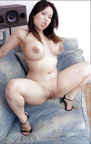 Nude Asian Spreading