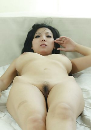 Nude Chinese Girls