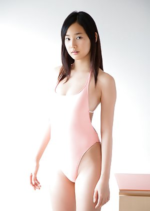 Nude Asian Teen