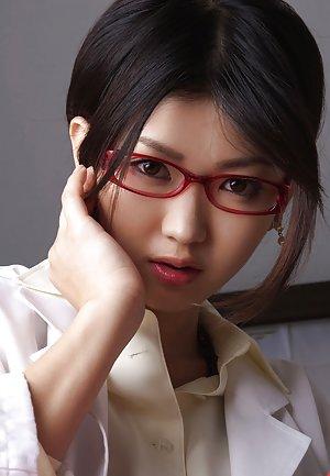 Nude Glasses